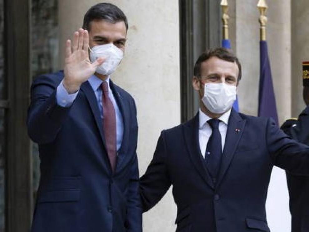 Macron, una de antígenos