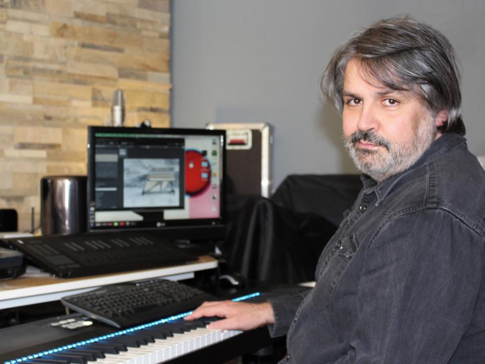 """Juanjo Javierre: """"Llevo ya 35 años en la música y eso me obliga a reinventarme"""""""