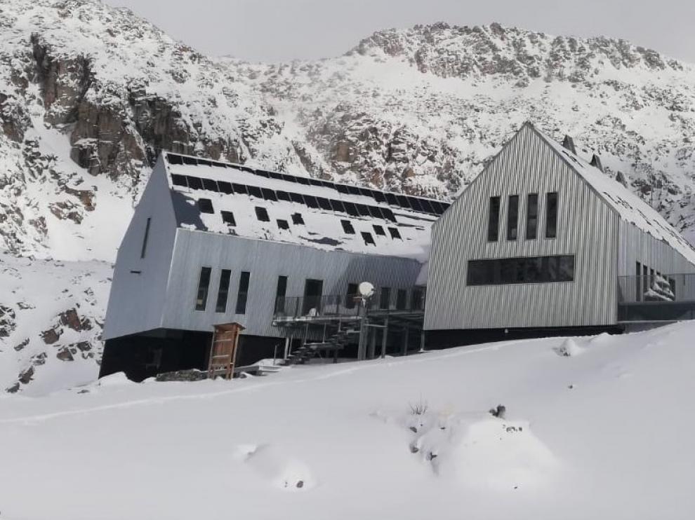 """La Guardia Civil alerta del """"estado cambiante"""" de la nieve"""