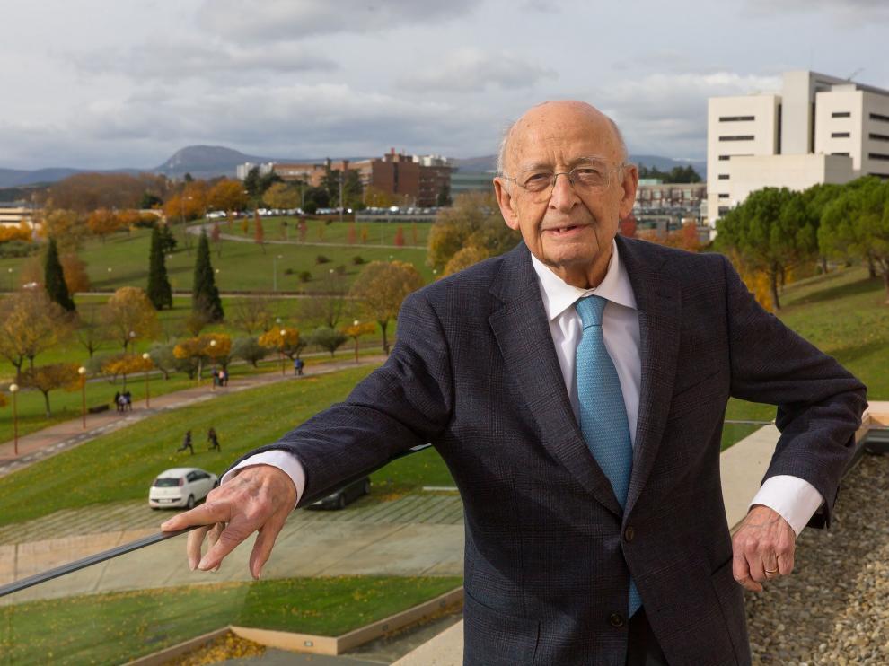 El oscense Francisco Ponz Piedrafita fallece a los 101 años en la Universidad de Navarra, de la que fue rector