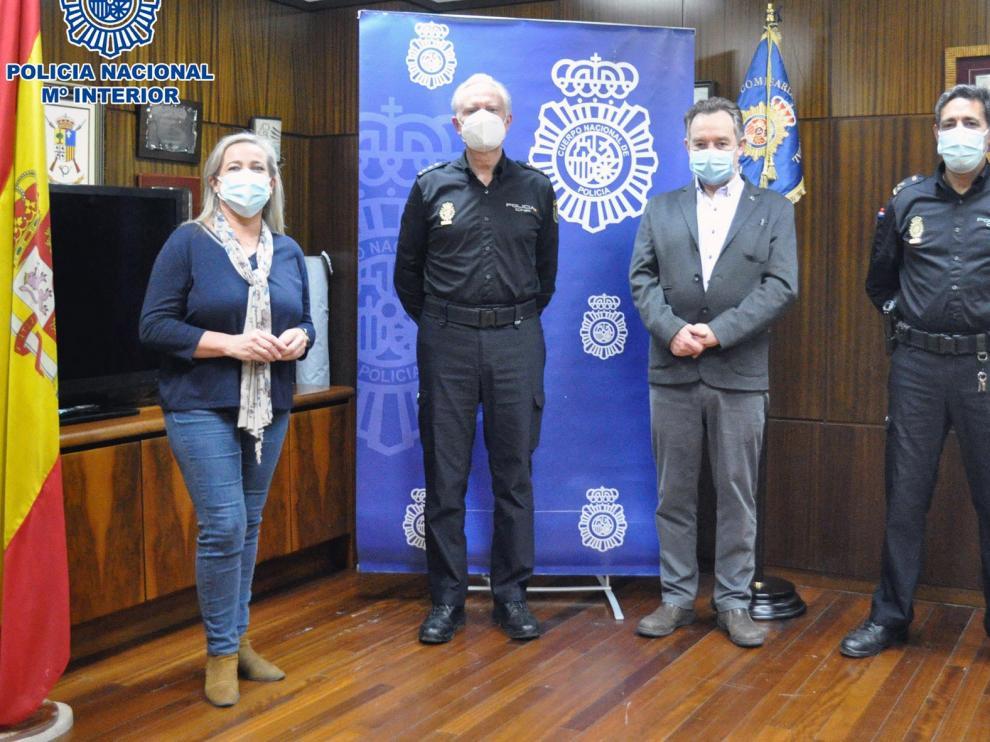 Reunión de La Policía Nacional con el Colegio Oficial de Médicos y el de Enfermería de Huesca, para prevenir las agresiones a sanitarios