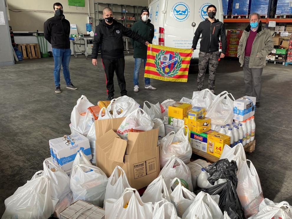 Alcorazados: Más de 1.200 kilos de alimentos