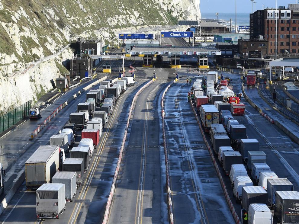 Transportistas españoles advierten de que el retorno desde Reino Unido podría alargarse hasta Nochevieja