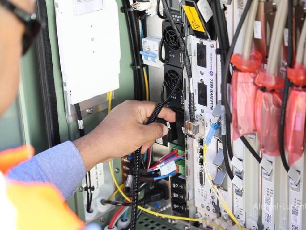 Hasta 78 polígonos de Aragón contarán con banda ancha
