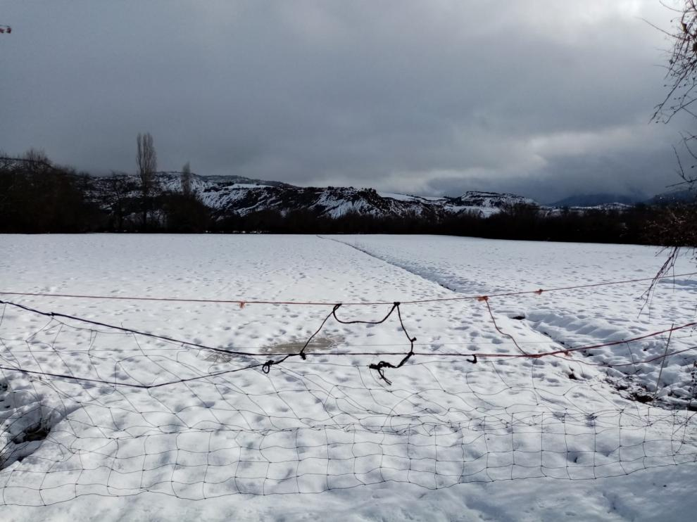 Cortada la A-2606 en Baños de Panticosa por la nieve y otras cinco vías afectadas en la provincia de Huesca