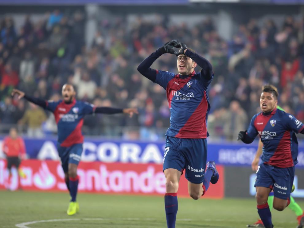 El Huesca empezó el 2019 con victoria en su primer curso en la categoría