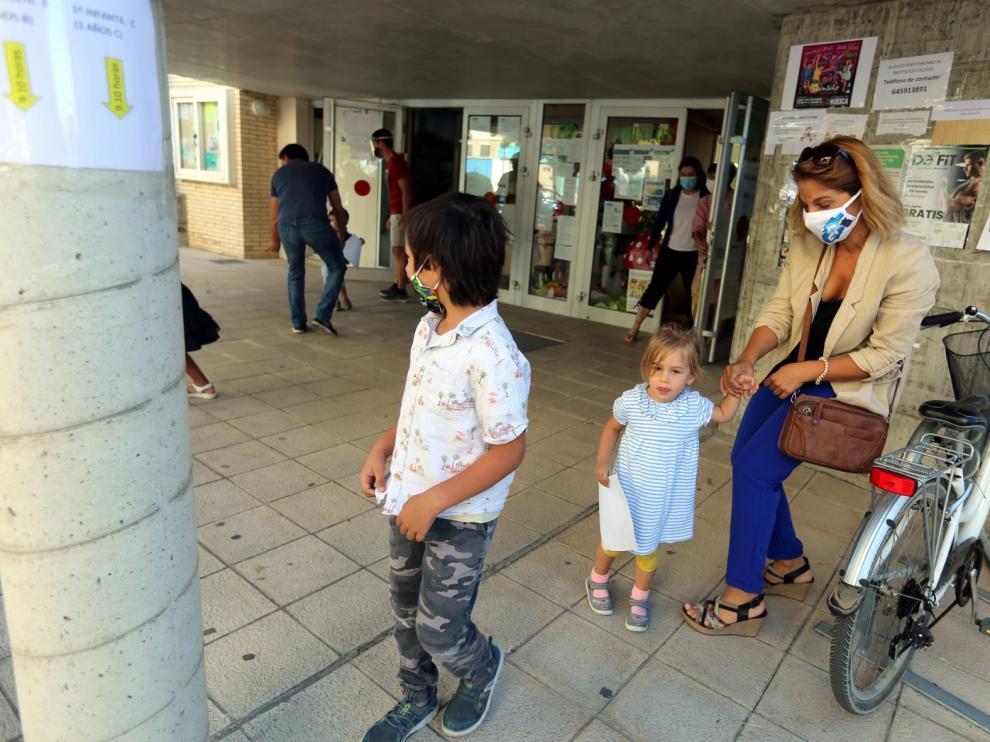 El regreso a las aulas, muy criticado por las organizaciones sindicales aragonesas