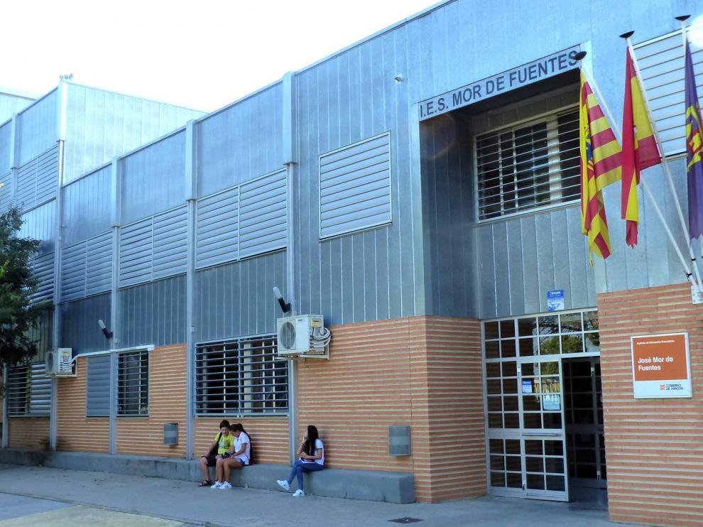 CHA pide al Ayuntamiento de Monzón que facilite terrenos a la DGA para instalar aulas prefabricadas en IES Mor de Fuentes