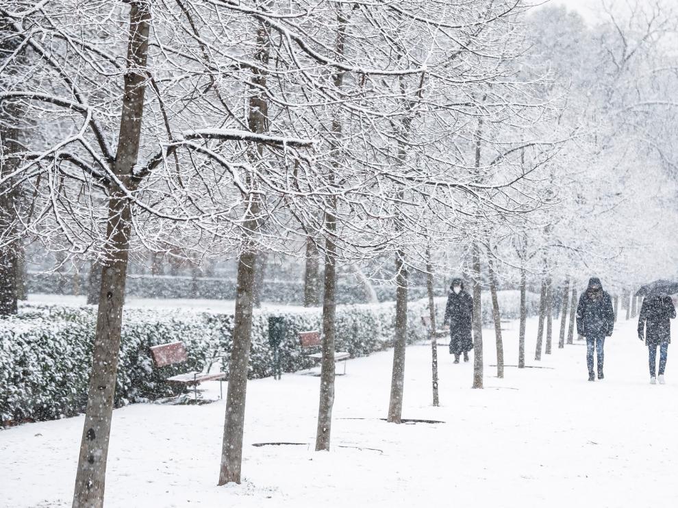 El temporal de nieve y frío activa las emergencias en casi toda España