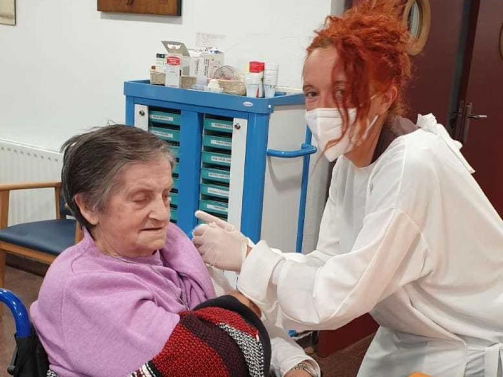 Graus comenzará este martes la vacunación para mayores de 80 años