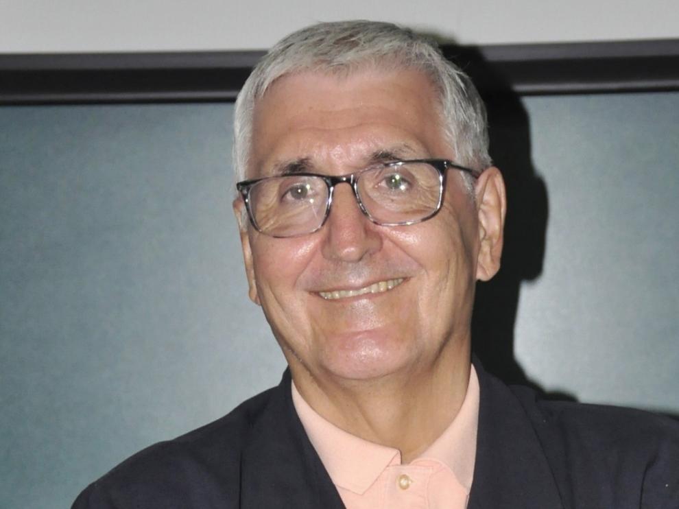 """Domingo Buesa: """"La historia no es una mirada hacia atrás sino muy hacia adelante"""""""