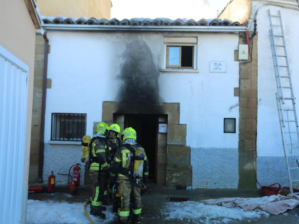 """El incendio de Ibieca: """"Se ha jugado la vida"""" para salvar a los suyos"""
