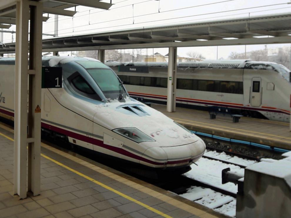 Renfe prevé restablecer el AVE entre Madrid y Barcelona en torno a las 14.00 horas