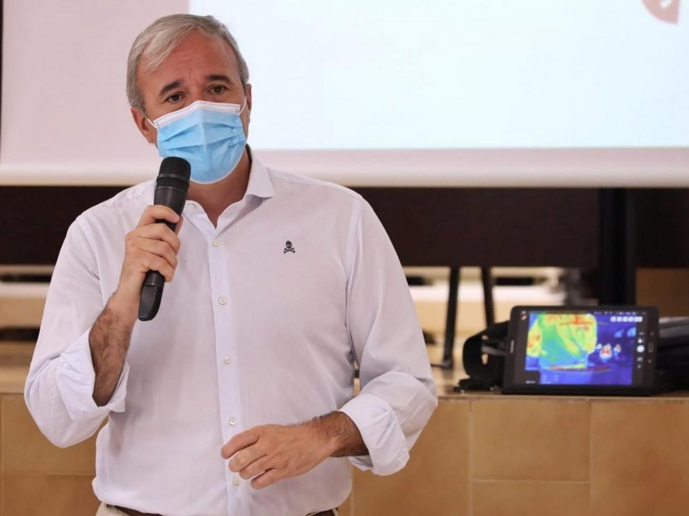 Jorge Azcón, confinado tras dar positivo en coronavirus