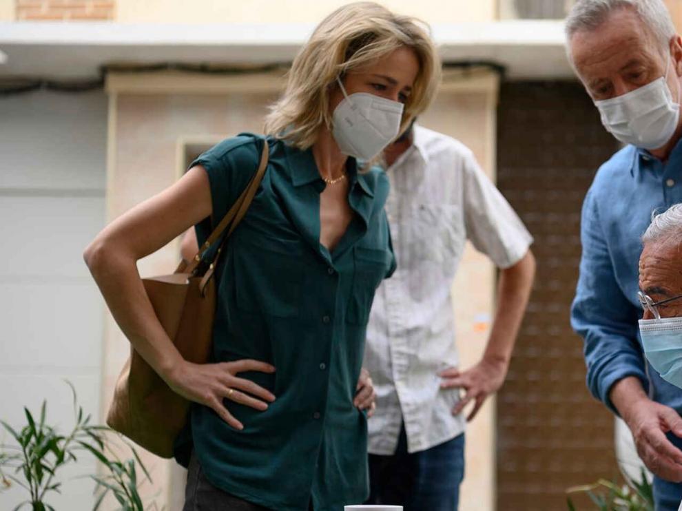 """""""Cuéntame"""" juega con el tiempo para abordar la pandemia del coronavirus"""