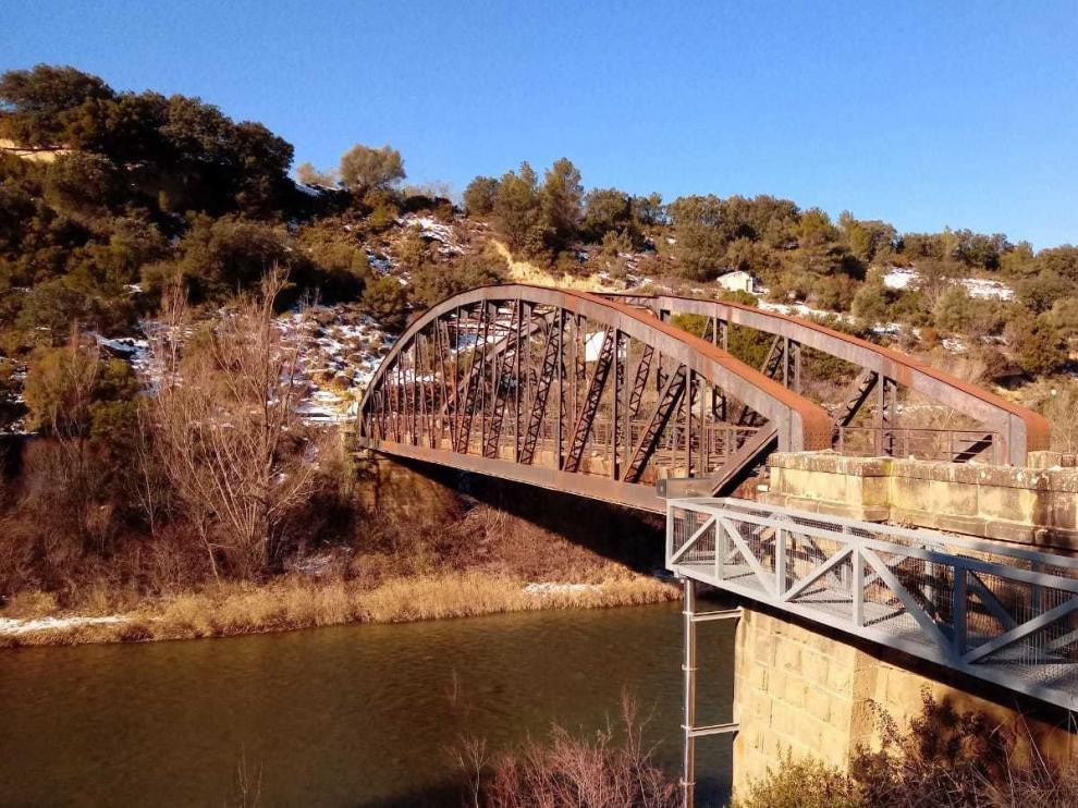 Santa Eulalia idea una solución al cierre del puente por obras