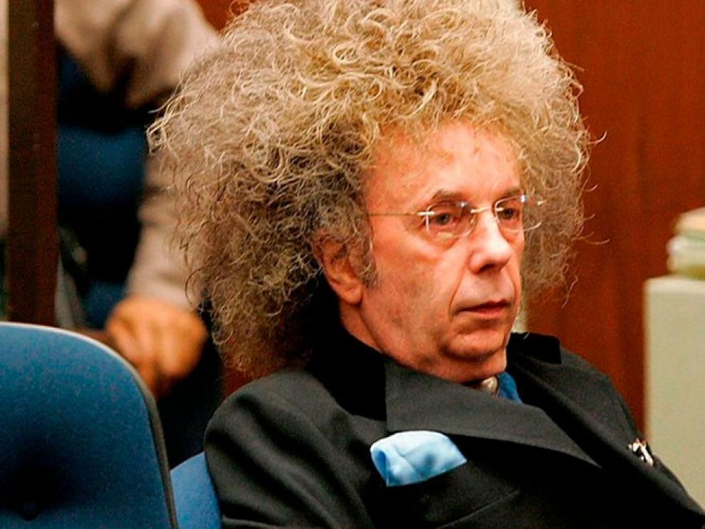 Muere por covid en prisión Phil Spector, productor de Ike y Tina Turner y Beatles