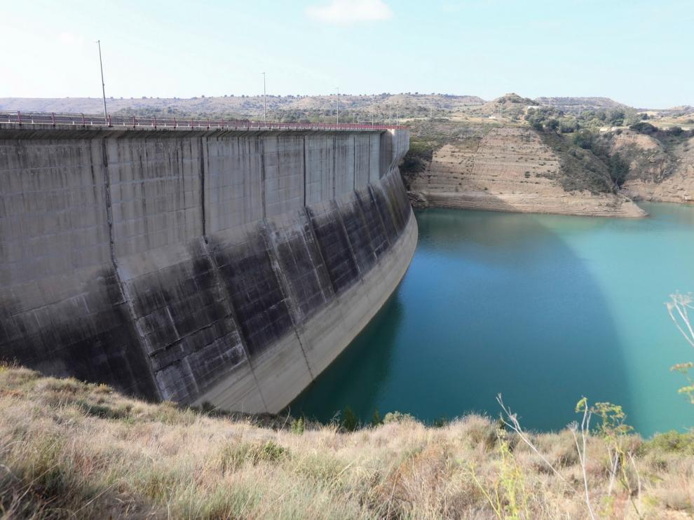 El proyecto de abastecimiento de agua a Huesca desde Montearagón se reanudará de forma inmediata