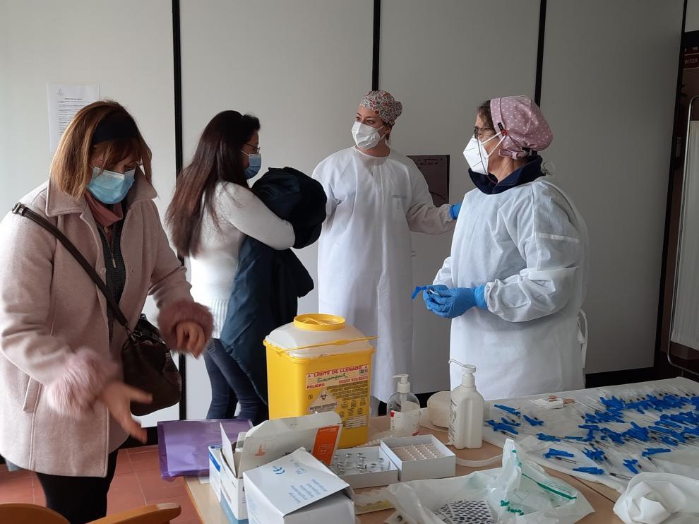 La segunda dosis de la vacuna llega a la residencia de Graus