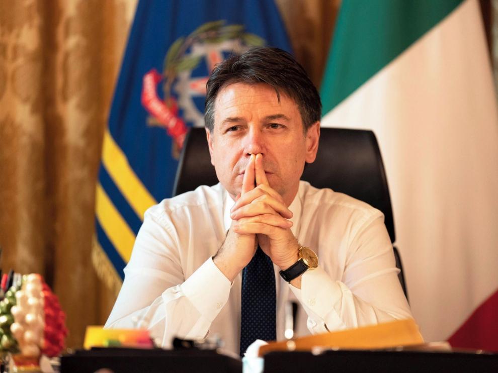 Conte presenta su dimisión como primer ministro de Italia