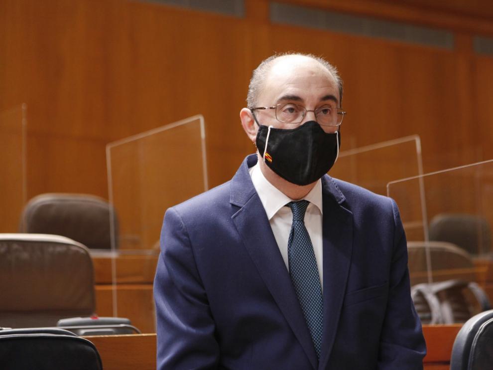 El Justicia de Aragón investigará de oficio el plan de vacunación