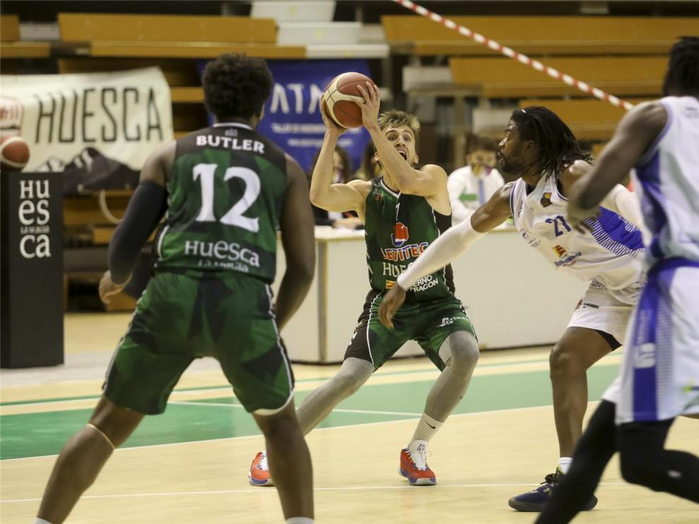 El Levitec Huesca recibe al poderoso HLA Alicante (21 horas)