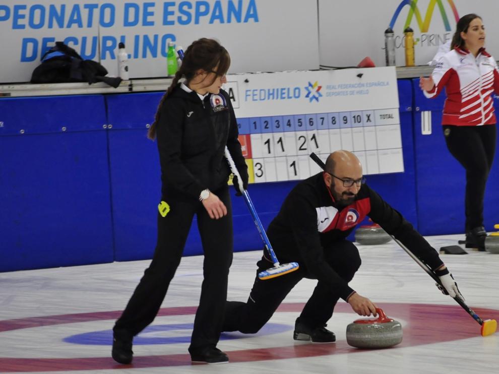 Los siete equipos de curling de Jaca, a por los cuartos del Nacional de Mixtos