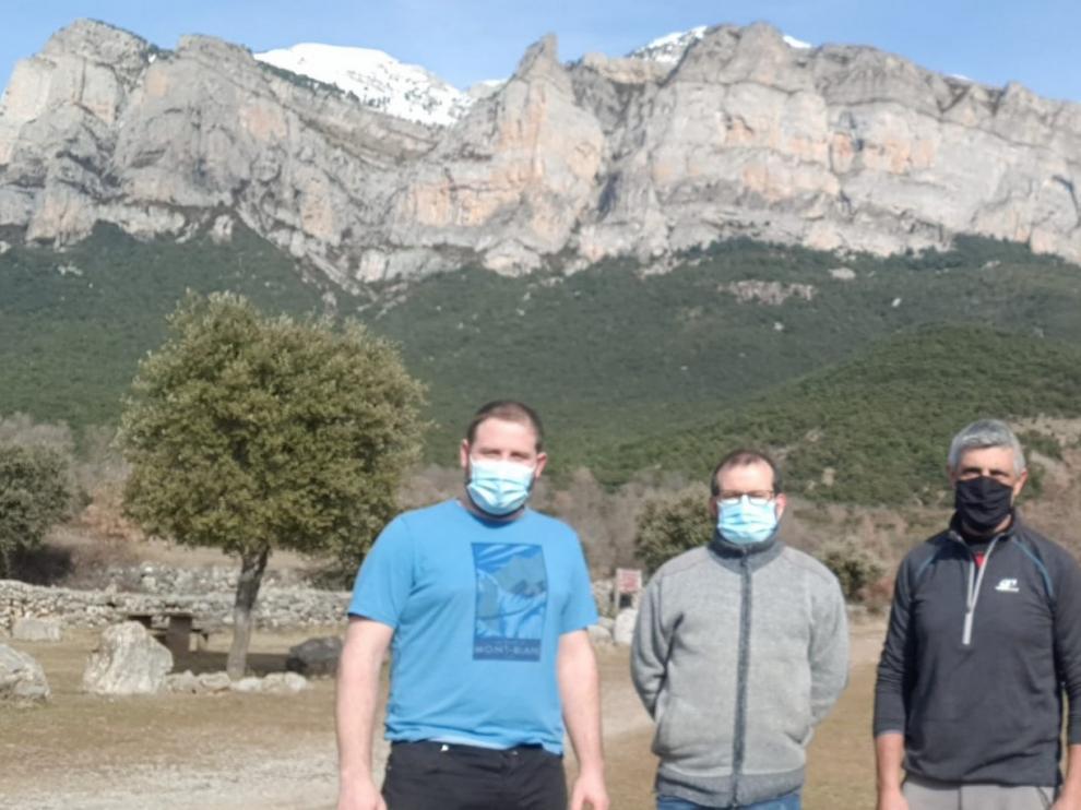 La Peña Montañesa estrena nueva ruta de senderismo