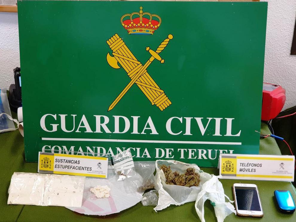 La Guardia Civil de Teruel detiene a cuatro personas en la autovía A23 por tráfico de drogas