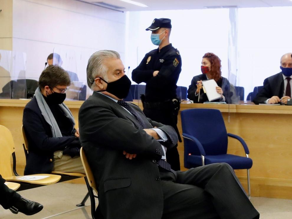 Bárcenas pide un cara a cara con Rajoy que rechaza el PP