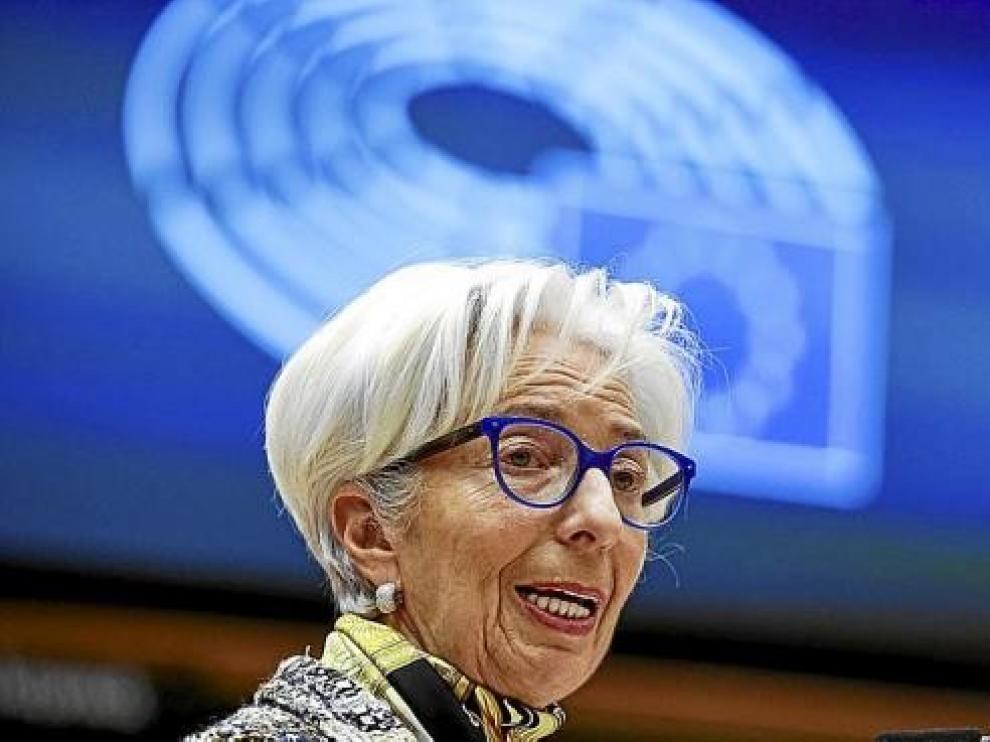 """Bruselas dice que los Tratados """"prohíben"""" al BCE condonar la deuda"""