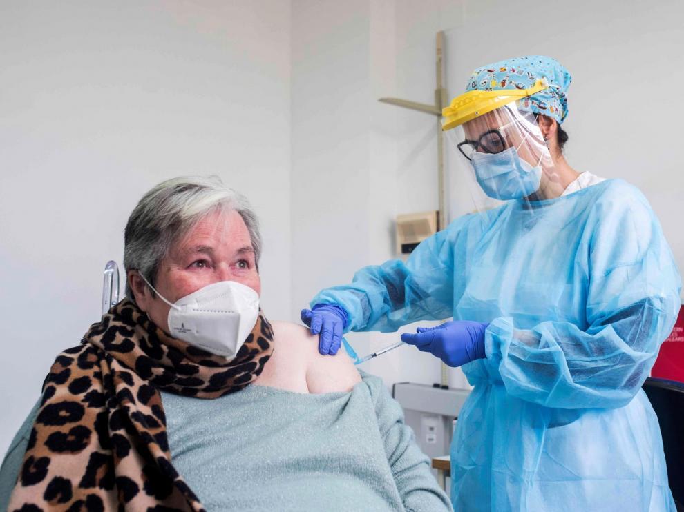 España supera el millón de personas inmunizadas contra la covid