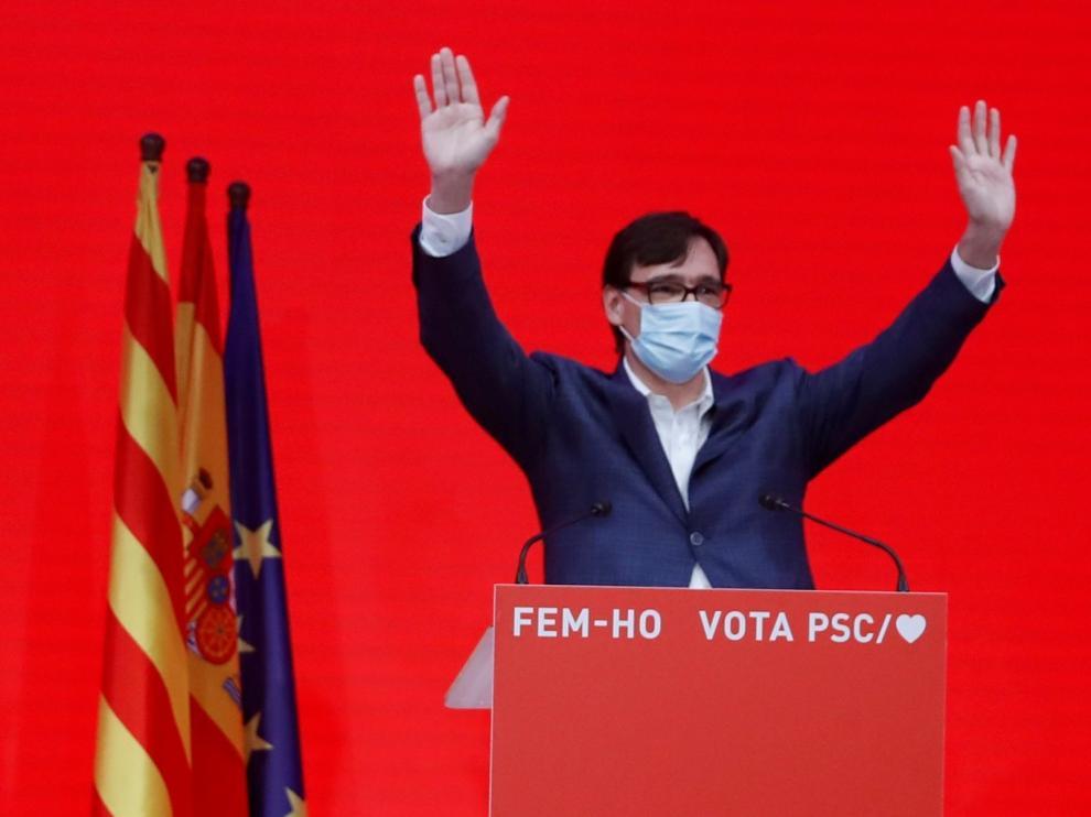 El PSC gana en votos y empata en escaños con ERC, pero el independentismo suma mayoría absoluta