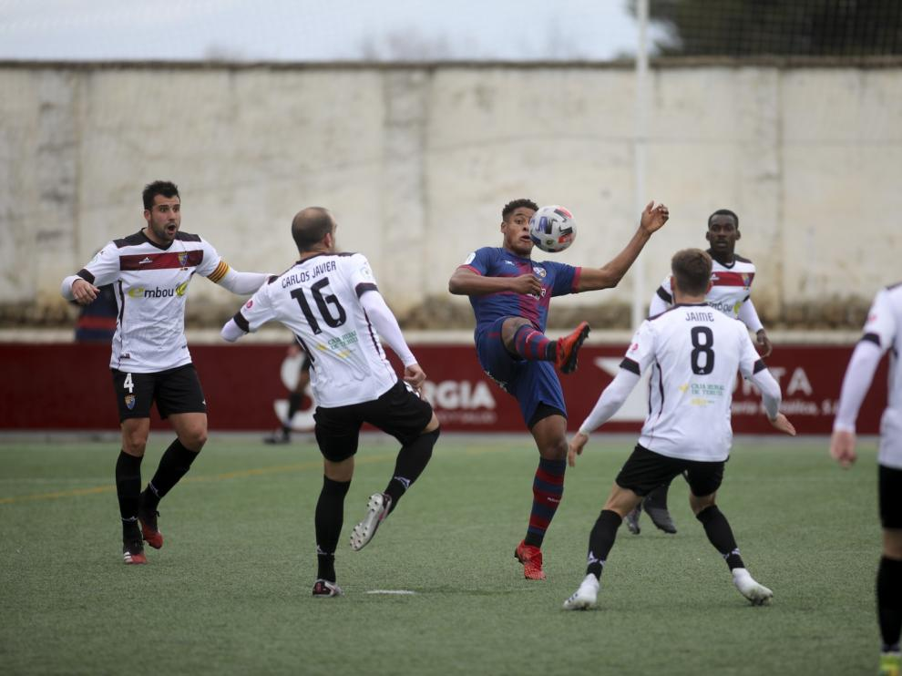 Empate positivo para el Huesca