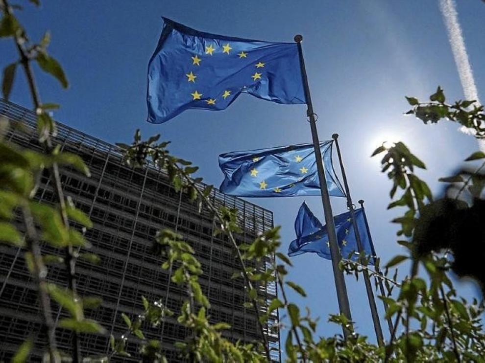La UE iniciará en junio emisiones de deuda para la recuperación