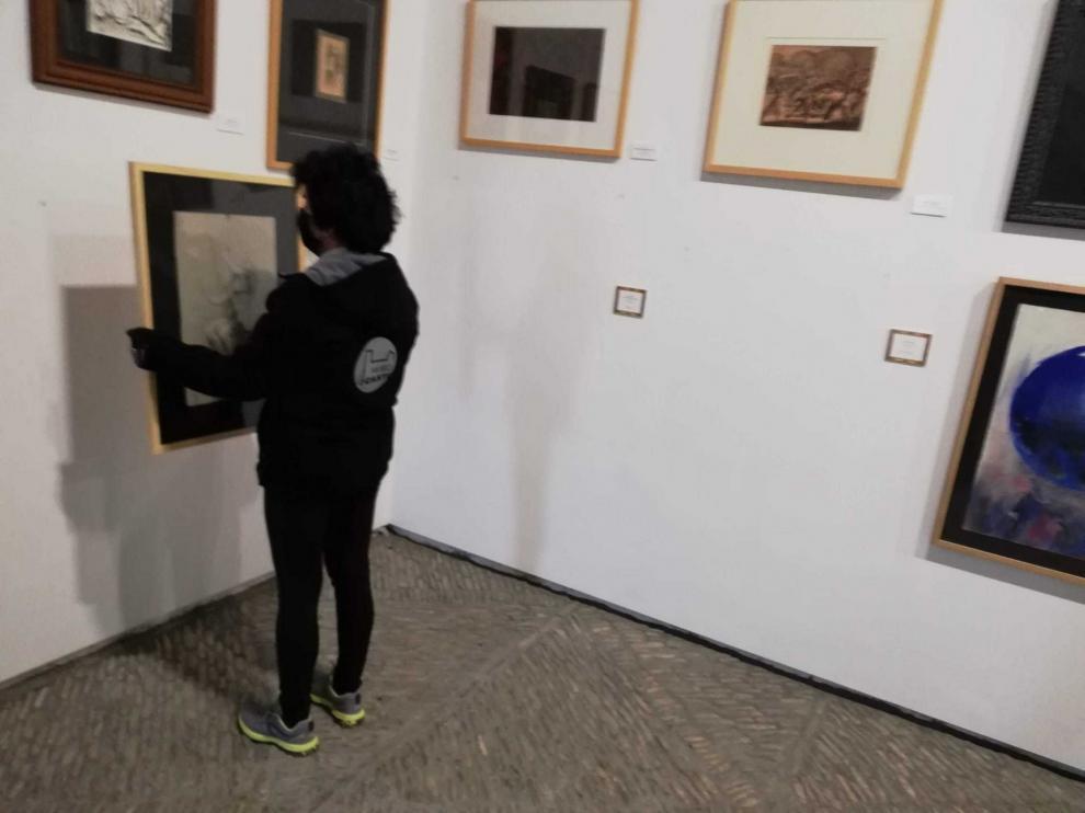 El Museo de Larrés descuelga sus dibujos por obras en la cúpula central