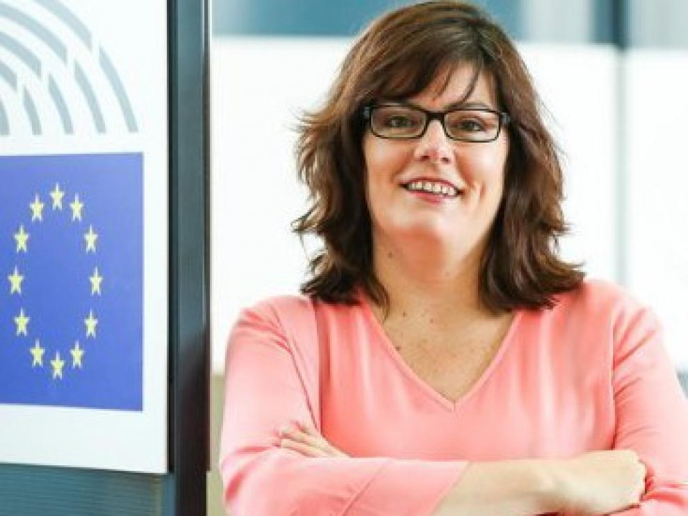 Isabel García impulsa desde la Eurocámara la candidatura de la Carrasca de Lecina a Árbol Europeo del Año