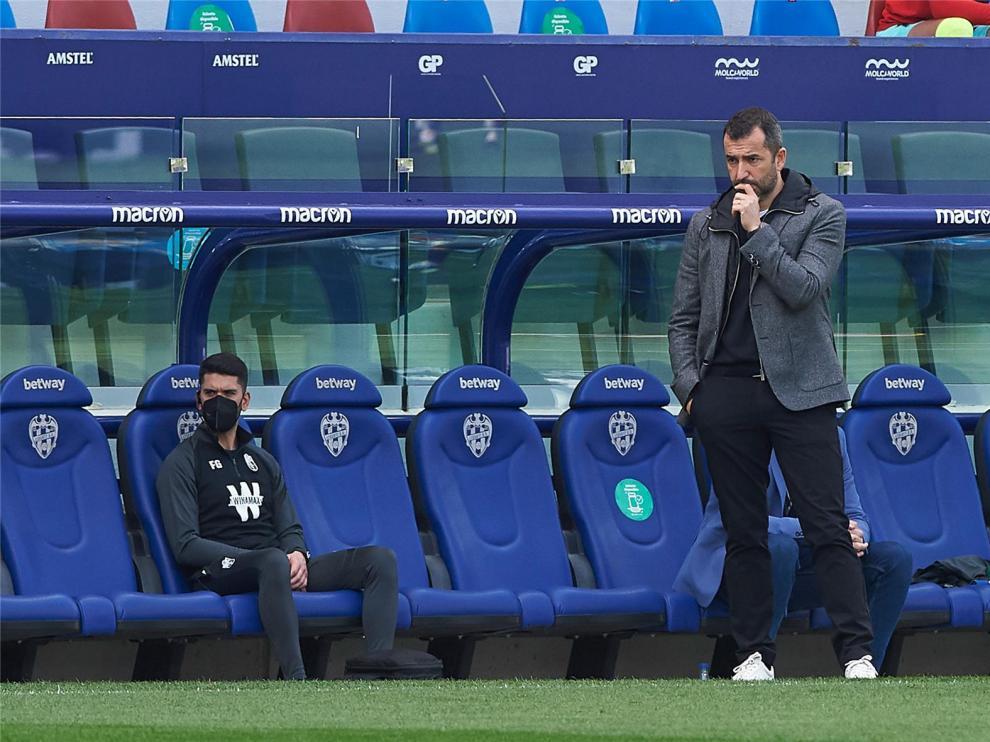 """Diego Martínez ve al Huesca """"más vivo que nunca"""""""