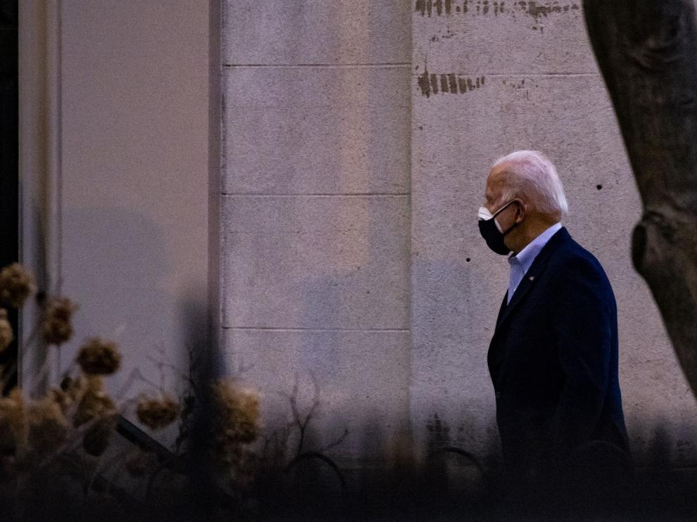 El primer mes de Joe Biden, un récord de decretos y escollos
