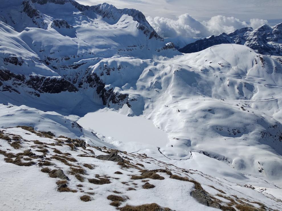 Mucha nieve en la zona de Panticosa