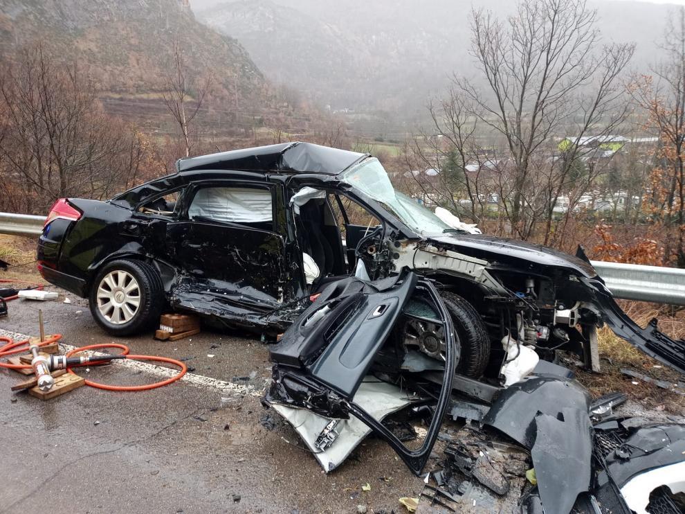 Un herido en el choque de dos vehículos en la A-139 a la altura de Eriste
