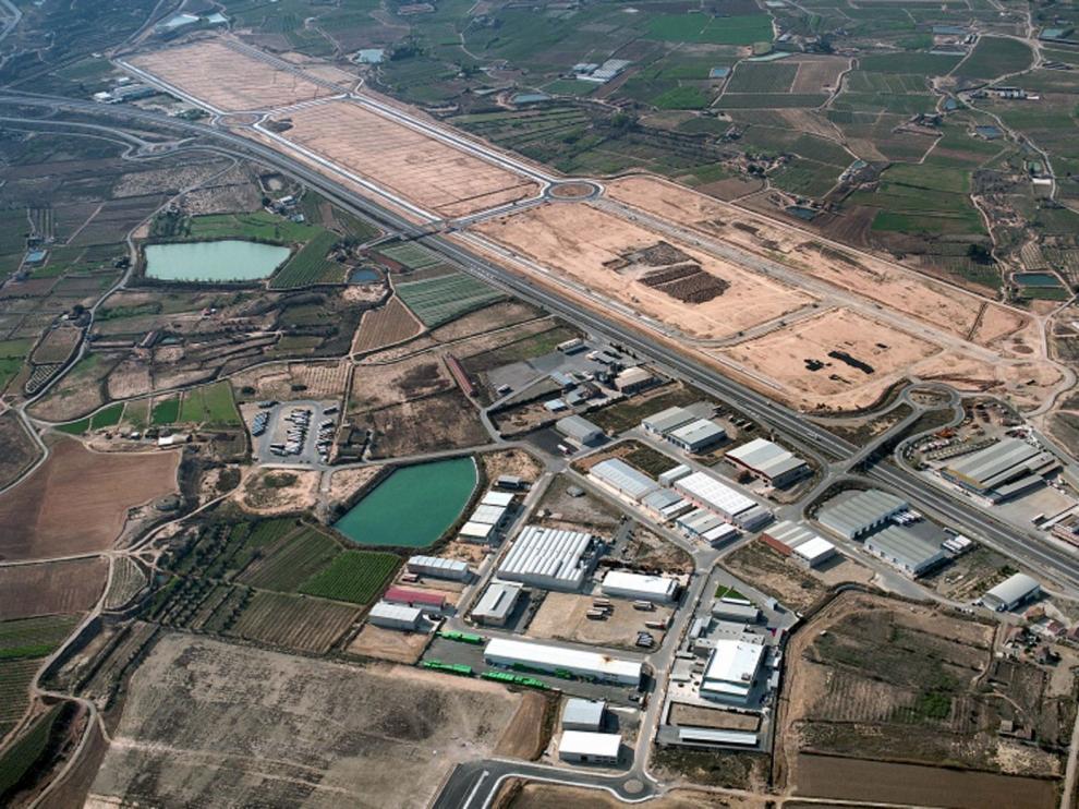 El PSOE de Fraga pide la puesta en marcha de un plan de promoción y dotación de suelo industrial ante la inminente liberalización del peaje de la AP-2
