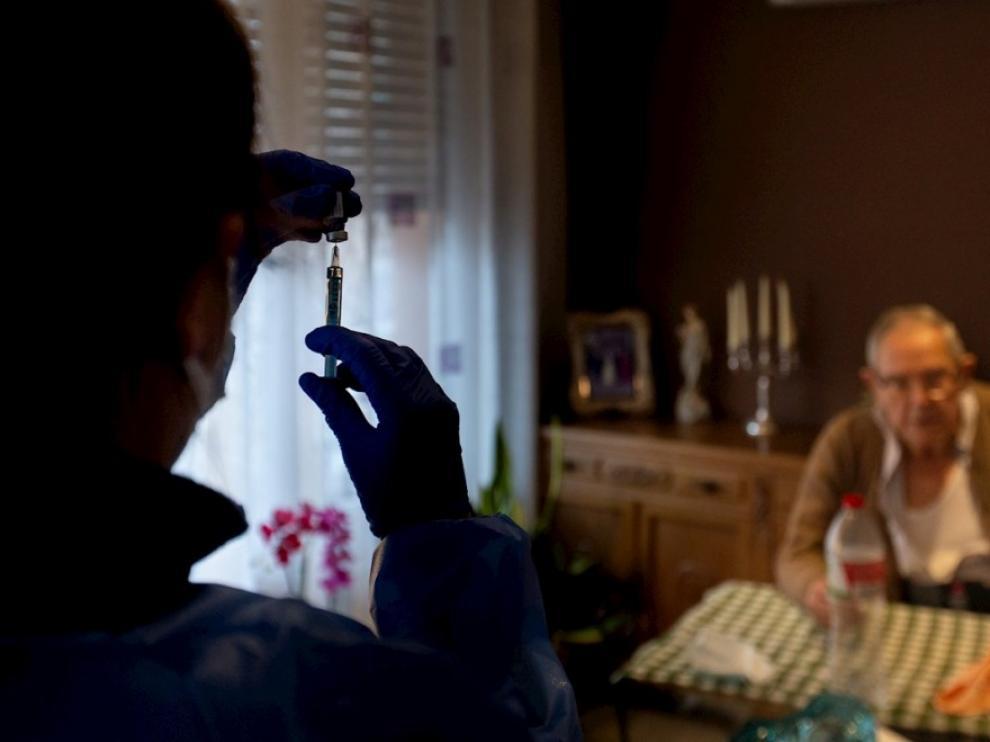 A partir de la semana próxima, la DGA espera intensificar la vacuna de los mayores de 80 años.