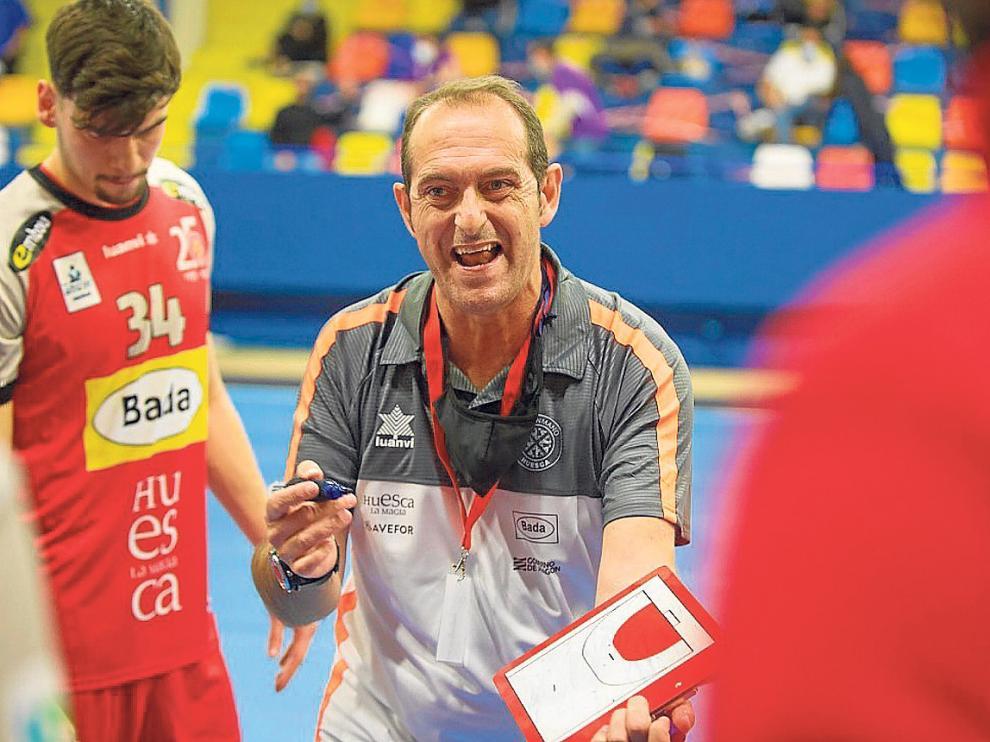 José Nolasco vivió el partido con mucha tensión