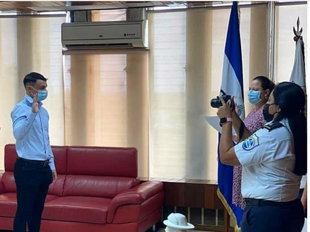 Pablo Gállego obtendrá la nacionalidad nicaragüense tras jurar bandera.