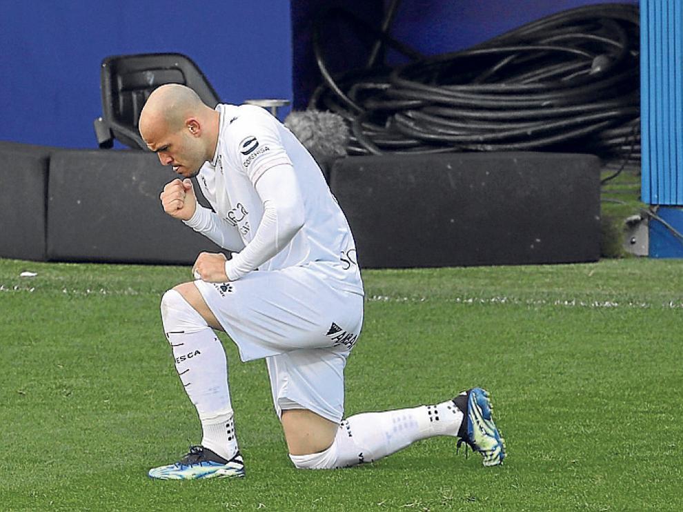 Sandro tuvo sus primeros minutos desde la llegada de Pacheta y se estrenó con gol