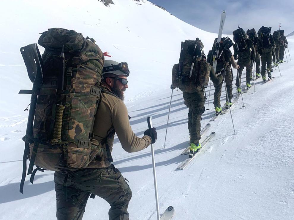 La fase invernal del curso de montaña se desarrolló en las estaciones de esquí de Candanchú y Astún.