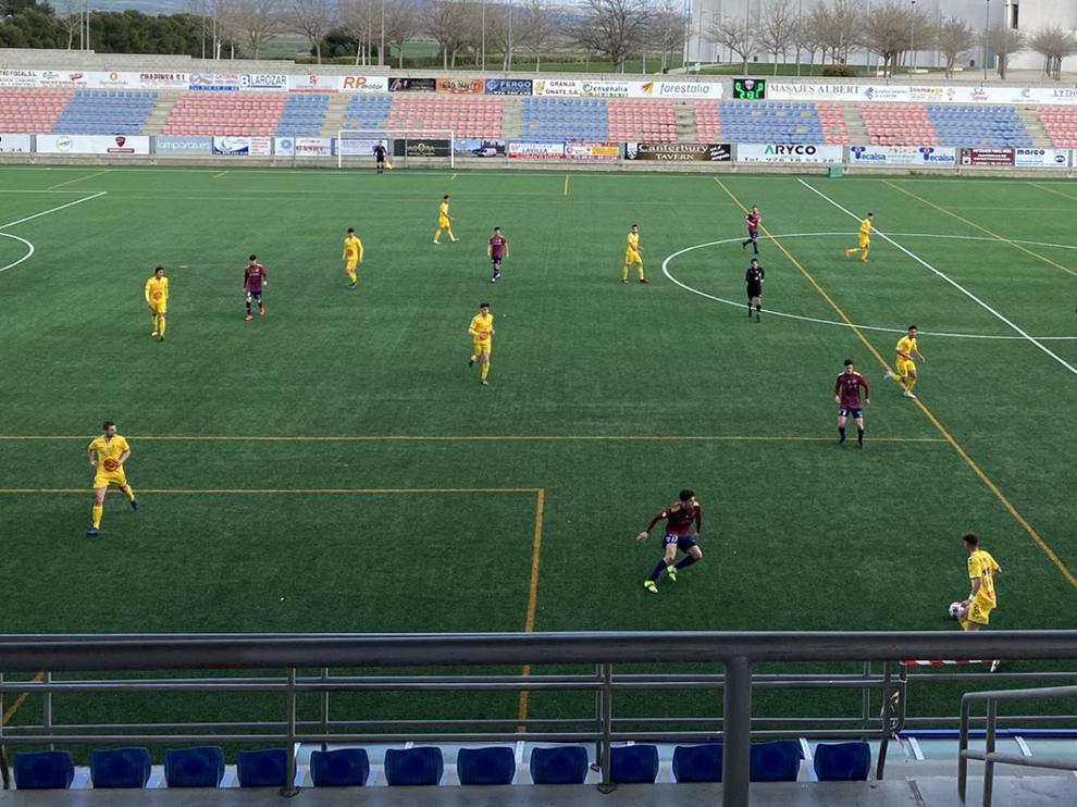 El Robres se llevó un punto de su visita al Villanueva en el partido disputado en el Enrique Porta