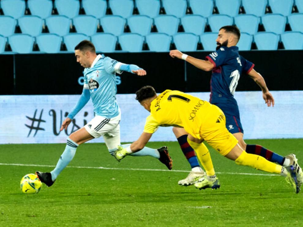 Imagen del último gol de Iago Aspas, en el partido que enfrentó al Huesca y al Celta en Balaídos.