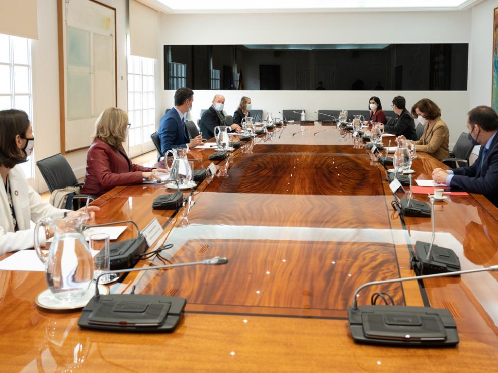 Reunión celebrada por Pedro Sánchez y sus ministros sobre el pasaporte de vacunación.